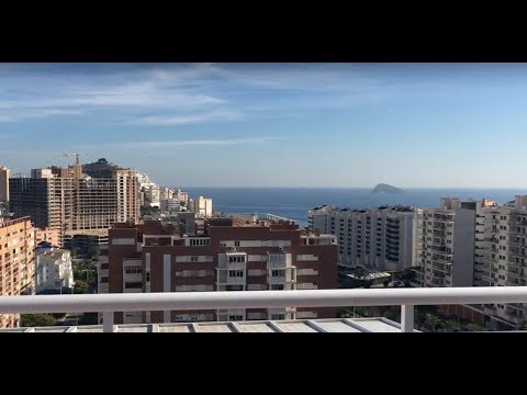 Luxury penthouse overlooking the sea at La Cala Bay in Benidorm! Best offer!