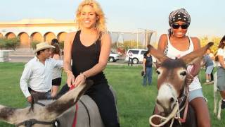 Shakira Tour Blog 25: Donkey Race, Mexico