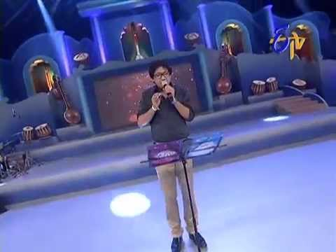 Vijay Prakash Performance - Chirunavve Visirave Song - 20th July 2014 21 July 2014 12 PM