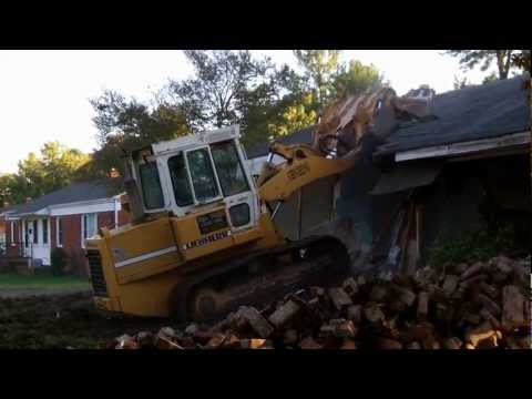 Liebherr Crawler Loader vs. House -- Old School Demolition