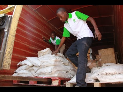 Oxfam sends relief supplies to Burundi refugees
