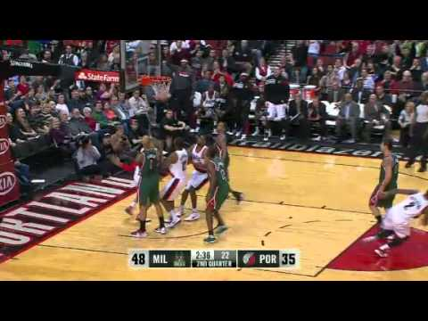 Wesley Matthews' incredible to Nicolas Batum