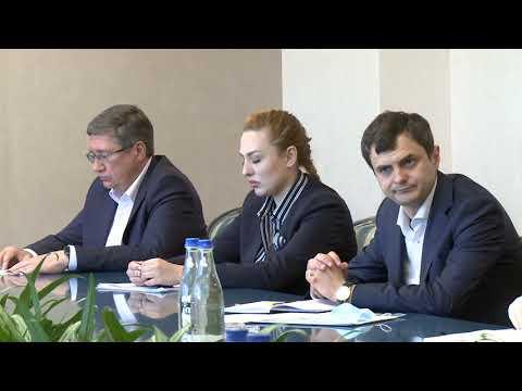 Глава государства провел встречу с руководителями предприятий лёгкой промышленности