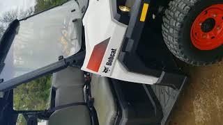 7. 2015 Bobcat 3400 XLD 4X4 UTV