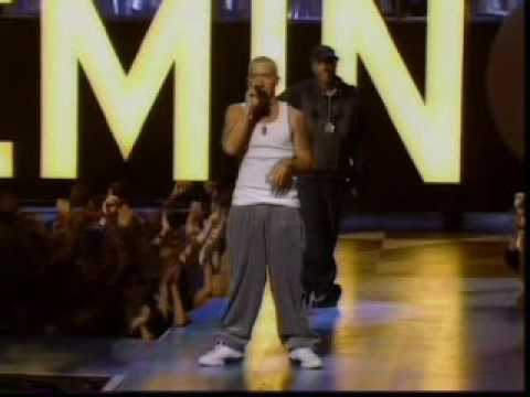 eminem - Eminem - The Real Slim Shady + The Way I Am - Live At The MTV Music Awards.