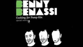 Benny Benassi - Givin To Me