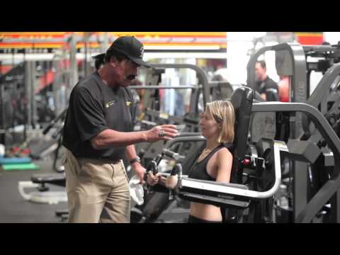 Arnold working at Gold's Gym!