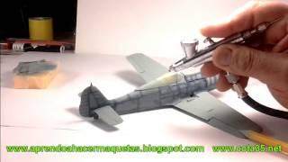 Video Pintura de efectos de camuflaje con aerógrafo en un avión Fw190. Maqueta a escala 1/48 MP3, 3GP, MP4, WEBM, AVI, FLV Agustus 2018