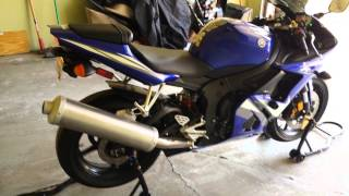 10. 2005 Yamaha R6 with stock exhaust