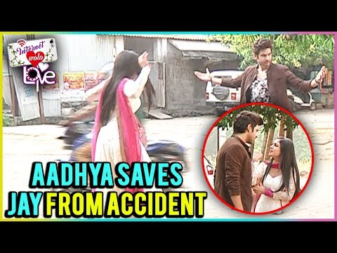 Aadhya Saves Jay From Accident In Internet Wala Lo