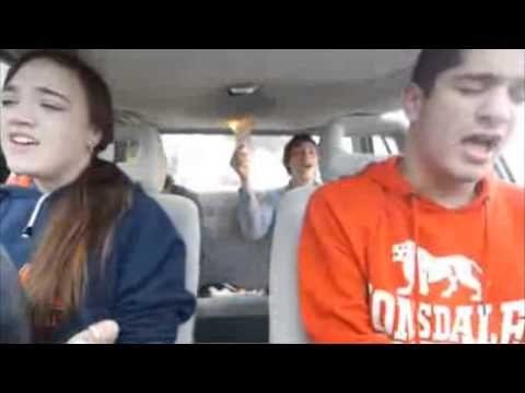 請不要在車上玩火!這就是一個例子