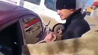 Zalał całe auto cementem niewiernej żonie.