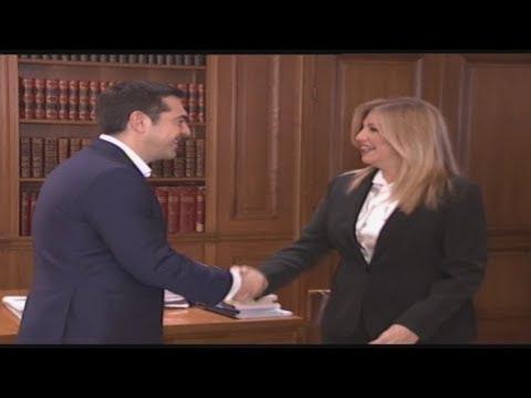 Συμβούλιο πολιτικών αρχηγών ζήτησε η Φ. Γεννηματά