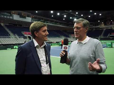 Que faut-il pour être le juge-arbitre dans les plus grandes compétitions de tennis du monde ? Tom Tebbutt a interviewé le juge-arbitre de la Coupe Davis le ...