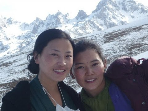Lhakyi 2013 - Monlam སྨོན་ལམ།
