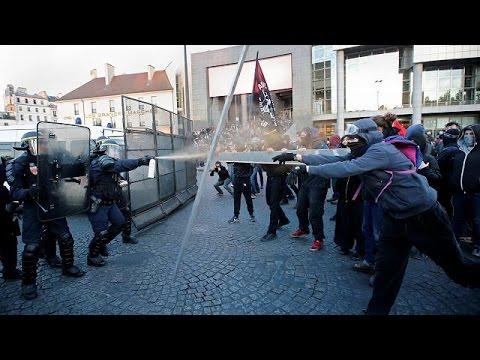 Παρίσι: Συγκρούσεις αστυνομίας και αντιεξουσιαστών