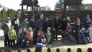 Spolek STURM uspořádal jarní úklid dětských hřišť