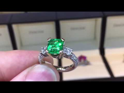 2 Carat Natural Emerald Ring W/ Diamond Accents 18K White Gold