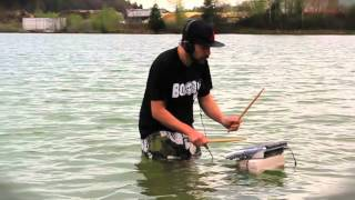 DJ Beestyle im Wasser
