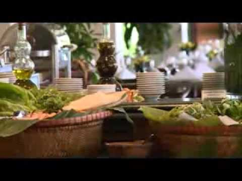 "Furama's Cafe Indochine Restaurant On ""Bep Viet"" - VTV2 Channel"