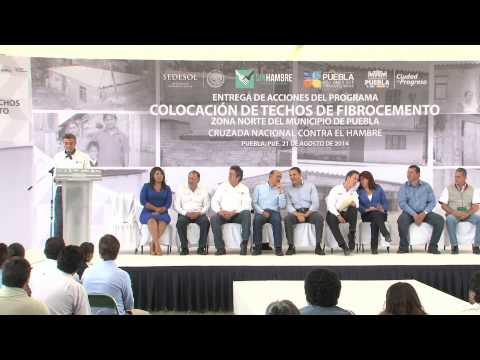 Moreno Valle y Gali Fayad inician acciones de Techo Digno en San Jerónimo Caleras.