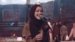 Video Roman Picisan -  Mitty zasia Live Cover Tugu Yogyakarta ( Dewa 19 ) MP3, 3GP, MP4, WEBM, AVI, FLV Desember 2018