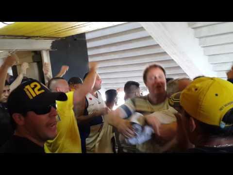 Tema nuevo y entrada de los bombos Boca - Racing 4/12/16 - La 12 - Boca Juniors