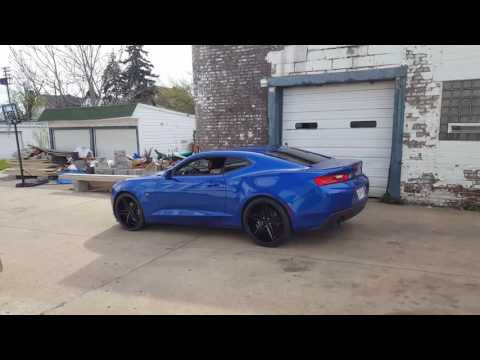 Female 2017 Camaro on 22