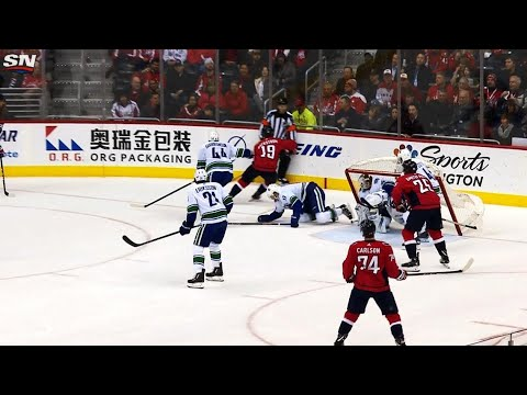 Video: Net gets dislodged but stays on pegs, John Carlson beats Jacob Markstrom