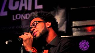 Dwele Jazz Cafe: A Pimp's Dream