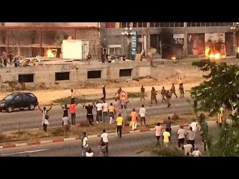 Γκαμπόν: Πεδίο μάχης η Λιμπρβίλ μετά την επανεκλογή Μπονγκό