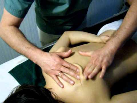 masaje descontracturante - MASAJES A LA CARTA www.masajesalacarta.com.ar Masaje Descontracturante.