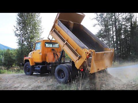 WILL IT START? 34 Year Old Dump Truck, 118,000 Miles