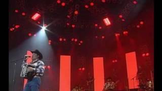 video y letra de Me faltas tu (audio) por Intocable