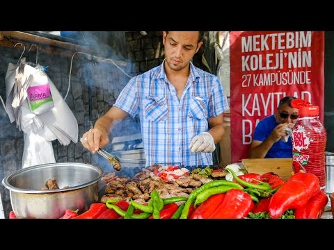 Istanbul Street Food - DELICIOUS Turkish Kofte and Breakfast on Turkish Airlines!
