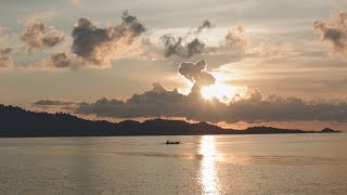 Bagi yang suka wisata air, ini ada 5 lokasi menawan di Lombok yang wajib dicoba.