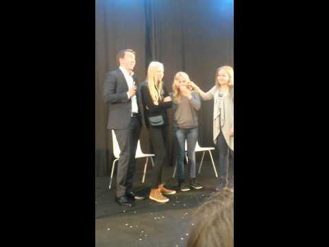 Aku Hirviniemi ja Janne Kataja show Veturissa part 1 tekijä: kingemili