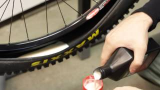 Video Stan's Notubes Tubeless System installation MP3, 3GP, MP4, WEBM, AVI, FLV Juni 2017