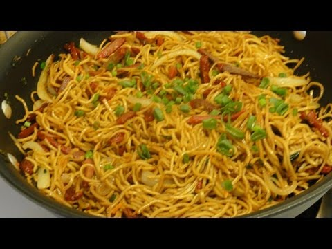 How to Make Easy Fried Noodles with Granny and CookingAndCrafting