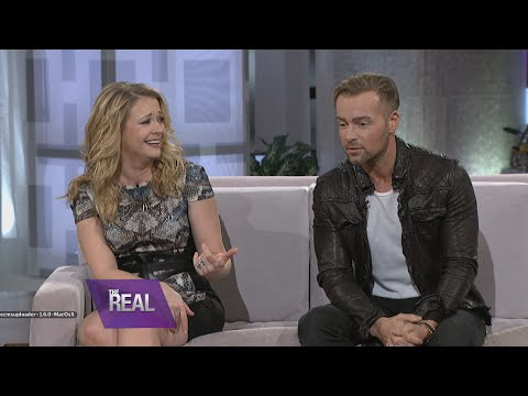 scenes - Melissa Joan Hart and Joey Lawrence keep it REAL about their relationship on and off screen. During this clip, the stars dish on their steamy sex scenes on the new season of ABC Family's...