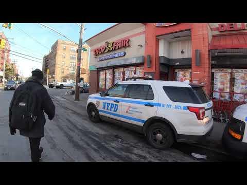 ⁴ᴷ⁶⁰ Walking NYC : Far Rockaway, Queens (Mott Avenue, Empire Avenue, Redfern Avenue) (January 2020)