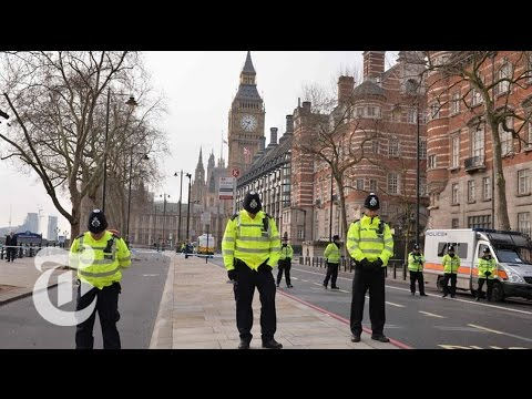 'Terrorist Incident' Makes London Europe's Latest Target | The New York Times (видео)