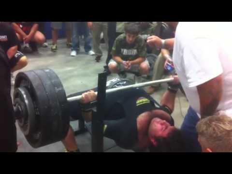 HS kid benches 700 pounds!
