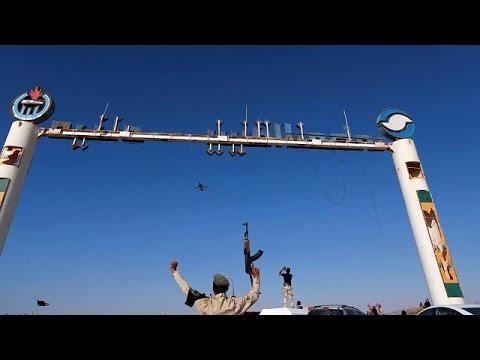 Λιβύη: «Μήλο της Έριδος» οι πετρελαϊκές εγκαταστάσεις