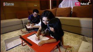 Video Sibuk Menjadi Pengusaha, Ibu 2 Anak Ini Tetap Utamakan Keluarga Part 02 - Jakarta Socialite 25/08 MP3, 3GP, MP4, WEBM, AVI, FLV Desember 2018