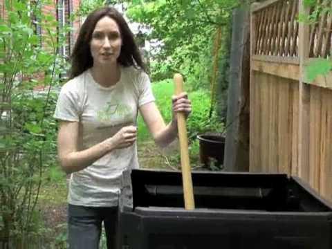 NotaCoolMom Start Composting with Kids!