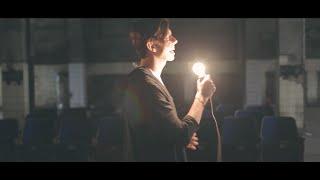 Video Žárovky - Teď (Oficiální video)