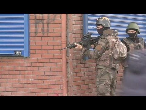 Ερντογάν: Τρομοκράτες και όσοι βοηθούν τη δράση των ενόπλων