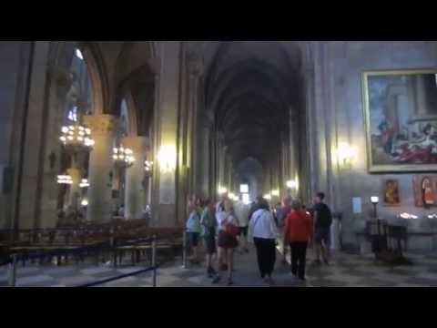 Notre Dame Cathedral in Paris- (Inside)! Bên trong nhà thờ Đức Bà Paris!