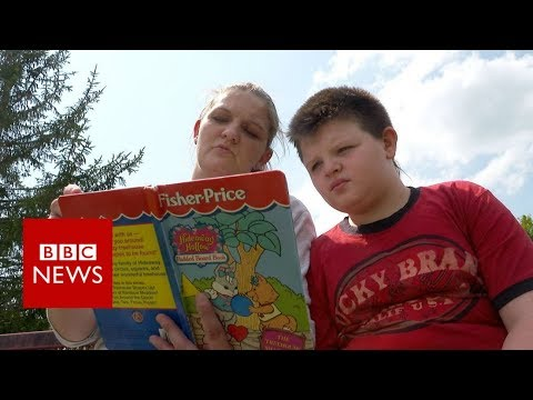 The Americans who can't read - BBC News